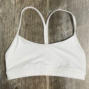 White basic sports bra 6 NWOT